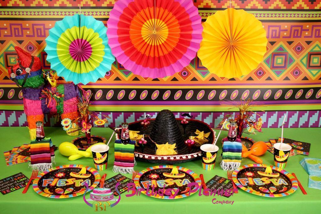 Mexican fiesta party, Mexican fiesta party decorations, Mexican fiesta party games, Mexican theme, Mexican party, Mexican themed party, Mexican party ideas
